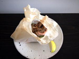 カラフトマスの紙包み焼き 自家製ポン酢